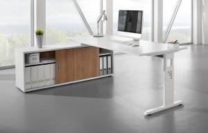 weißer Schreibtisch mit aktenschrank