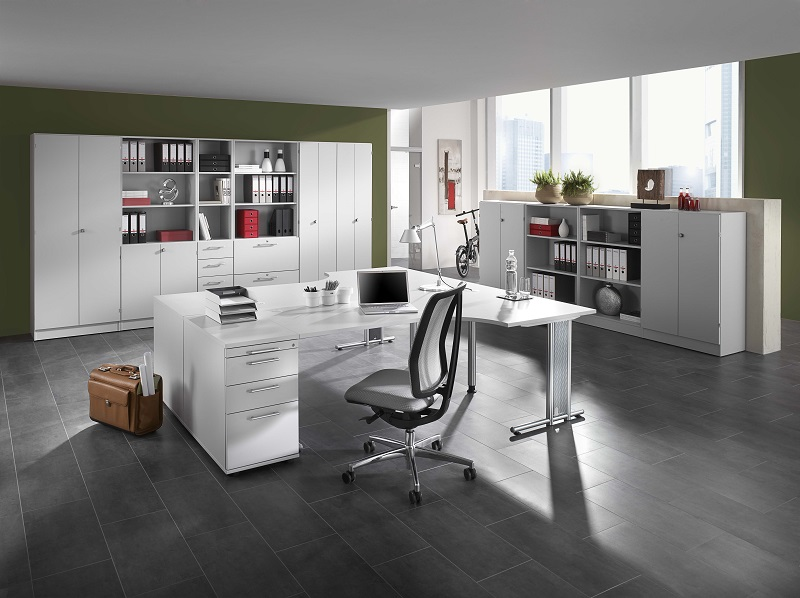 Schreibtisch materialien holz glas stahl oder beton for Schreibtisch holz glas